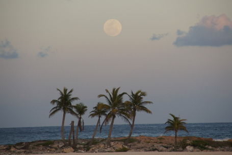 The evenings get cool in Riviera Maya