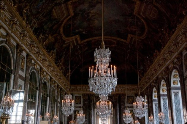 Hall of Mirrors, Versailles [photo credit: Bridget McQuillan]