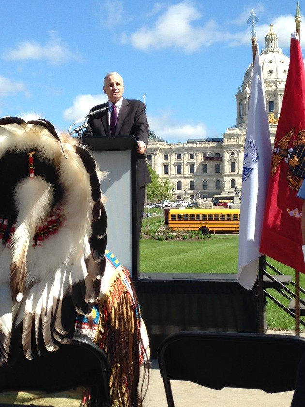Dayton speaks to American Indian veterans