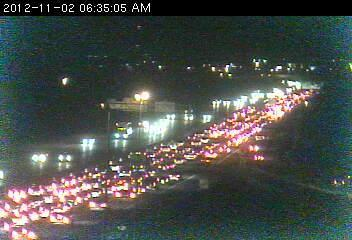 A traffic jam on southbound 35W at County Road I