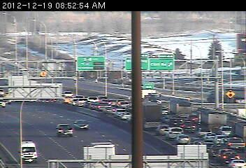 Traffic on northbound 35W at Hwy. 13