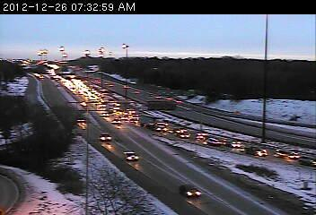 Traffic on southbound 35W at Hwy. 280.