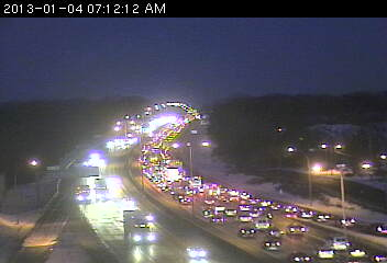 Traffic on westbound 694 at Silver Lake Road