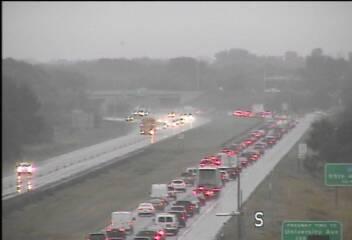 Tuesday traffic: Crash brings big delays on I-35W in Lexington