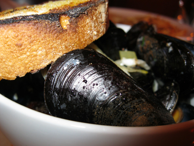 Mussels for the seafood eaters ... 