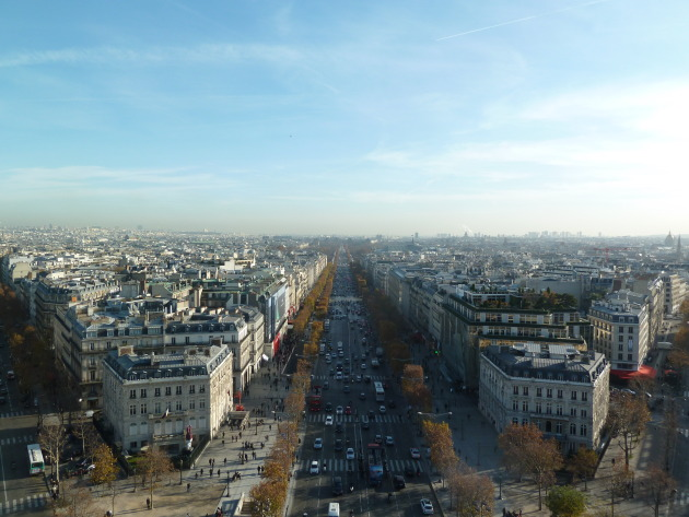 Can you find the Champs-Elysees?