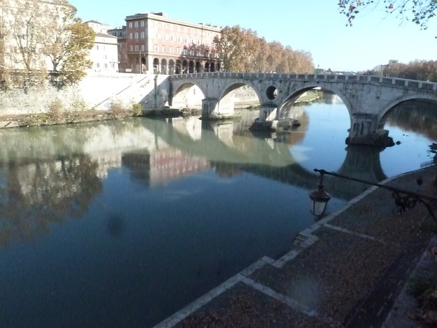 Say hello to the Tiber River!