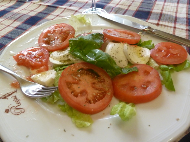 That caprese salad- the stuff dreams are made of.