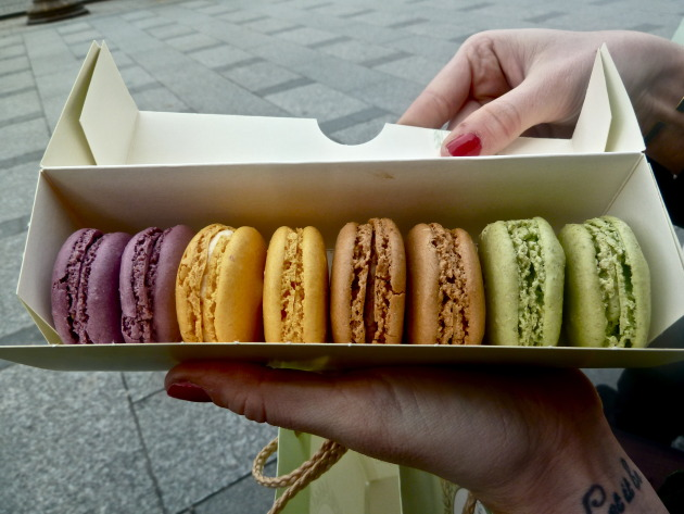blackcurrant, citron, coffee, and pistachio....YUM.