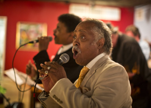 Maurice Young of the Valdons joined last year's &quot;TC Funk &amp; Soul&quot; revue. / Star Tribune file