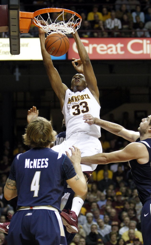 Williams had another solid game including three dunks on Thursday