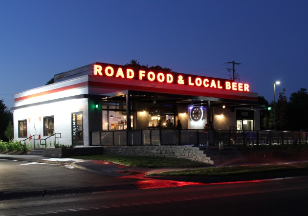 Town Hall Brewery Expands To Edina With New Road Food Restaurant