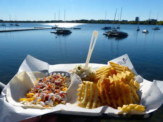 Changes Coming To Por Tin Fish Restaurant At Lake Calhoun Startribune