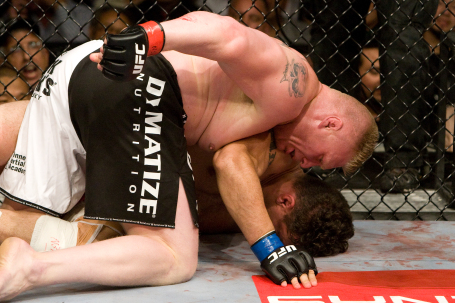 Brock Lesnar dominates Frank Mir on the ground at UFC 100 (Photo courtesy of UFC)