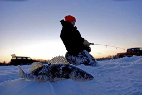 Weekend anglers flock to ice as weather moderates for Ice fishing apps