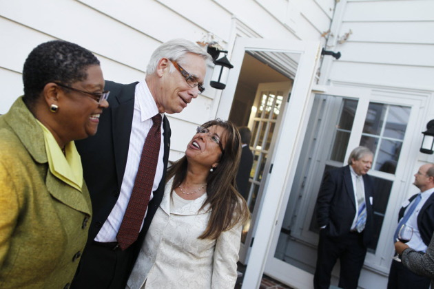 Superintendents Bernadeia Johnson of Minneapolis, left, and Valeria Silva of St. Paul, right, shown here with Robert Bruininks, couldn't get hired in each other's districts.