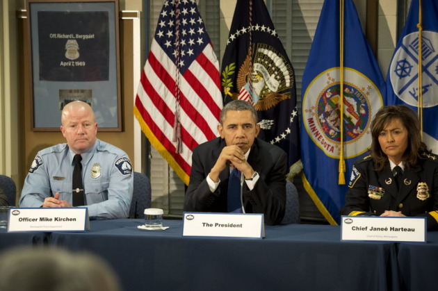 Officer Mike Kirchen with President Barack Obama