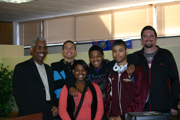 "Ernest ""Rip"" Patton, Jr. meeting with Students at Fairview Alternative High School in Roseville"