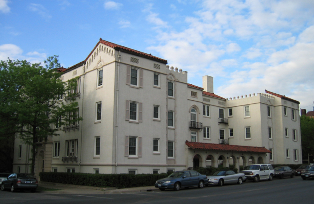 The Granda apartments along Lagoon Avenue in Minneapolis was included in this transaction.