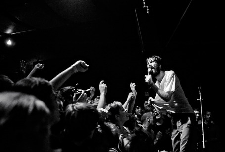 Titus Andronicus frontman Patrick Stickles kept Friday's crowd on edge. / Photos by Leslie Plesser