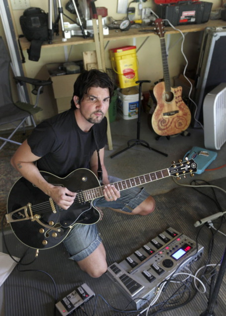 Craig Minowa rehearsing at home last summer. / By Tom Wallace, Star Tribune