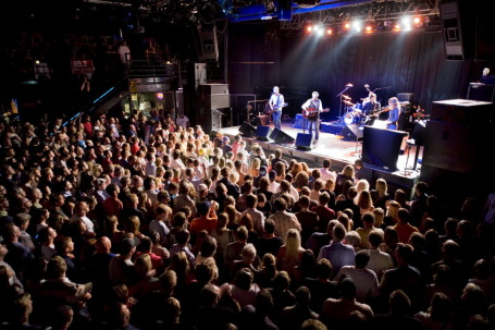 The Jayhawks packed First Avenue again Saturday and return tonight. / By David Brewster, Star Tribune