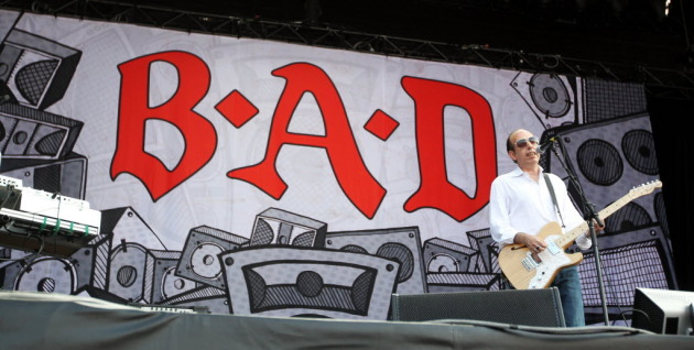 Mick Jones at Lollapalooza the day before Big Audio Dynamite's gig Sunday at First Avenue. / Photo by Chris Sweda, Chicago Tribune