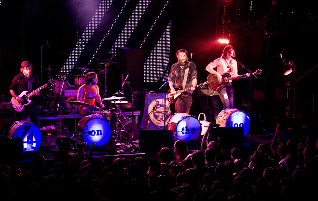 The 4onthefloor lit up and spread out at First Avenue on Friday. / Photos by Leslie Plesser