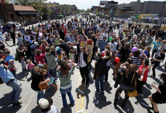 Rupert led the dance party at the start of last year's Lyn-Lake Street Festival. / Carlos Gonzales, Star Tribune
