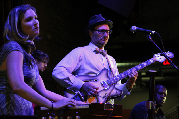 Lisa Hirst-Carne, Adam Levy and DeVon Gray performed as Liminal Phase for Icehouse diners Thursday. / Carloz Gozalez, Star Tribune
