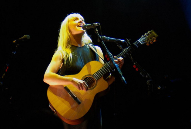 Laura Marling played London's Royal Albert Hall with the same upward-looking stance she used Wednesday at the Woman's Club Theatre. / Tom Watkins, Rex Features-AP