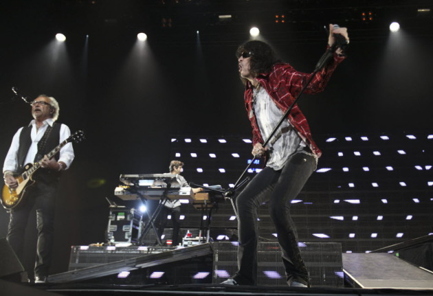 Foreigner leader Mick Jones, left, and replacement singer Kelly Hanson performed at Xcel Energy Center in 2011 with Journey. / Renee Jones Schneider, Star Tribune