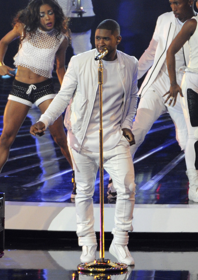 Usher returned to the MTV Video Music Awards two weekends ago. / Chris Pizzello/Invision/AP