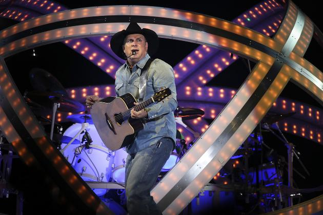 Garth Brooks made this face Thursday when he realized he had 10 more shows to go. / Renee Jones Schneider, Star Tribune