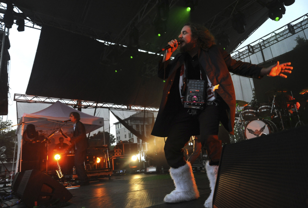 Jim James learned the hard way at Rock the Garden 2011 that Yeti boots aren't really required in Minnesota in June. / Star Tribune file