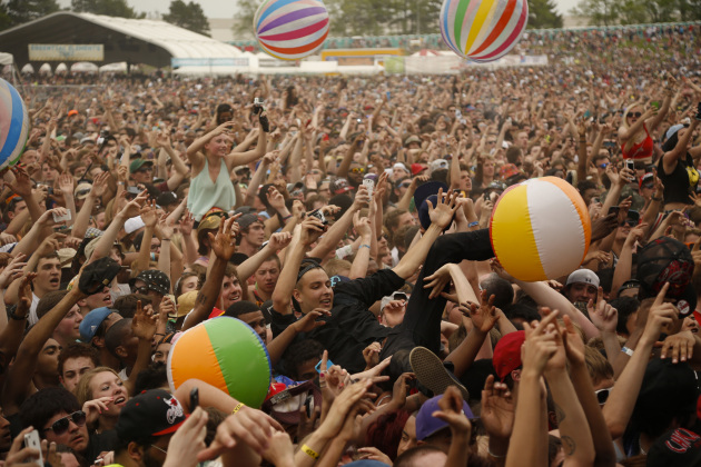 Last year's Soundset festival drew 30,000 fans and about 1,500 beach balls to Shakopee. / Jeff Wheeler, Star Tribune