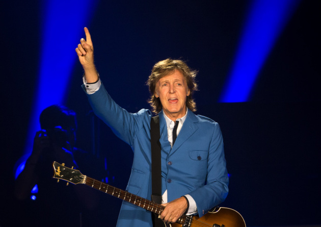 Paul McCartney Played To About 44000 Fans At His Sold Out Target Field Concert In