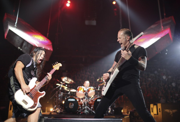 Rob Trujillo and James Hetfield at Metallica's last Minnesota show in 2009 at Target Center / Jeff Wheeler, Star Tribune