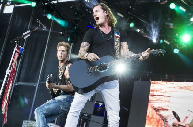 Tyler Hubbard, right, and Brian Kelley of Florida Georgia Line at TCF Bank Stadium in 2015. / Courtney Perry for Star Tribune