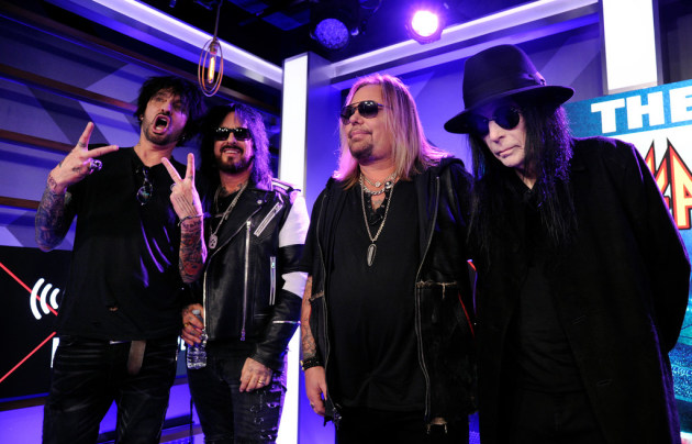 Motley Crue and Def Leppard Add New Stadium Tour Dates