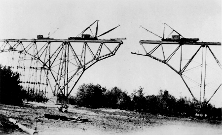 The bridge was built simultaneously from each end, and had to line up in the middle, 1911.