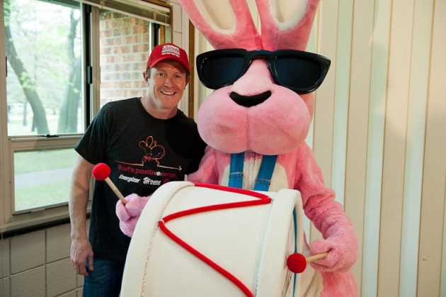 Scott Dixon and the Energizer Bunny
