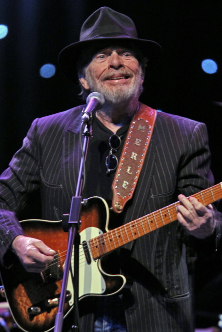 Merle Haggard at Mystic Lake    Star Tribune photo by Marlin Levison