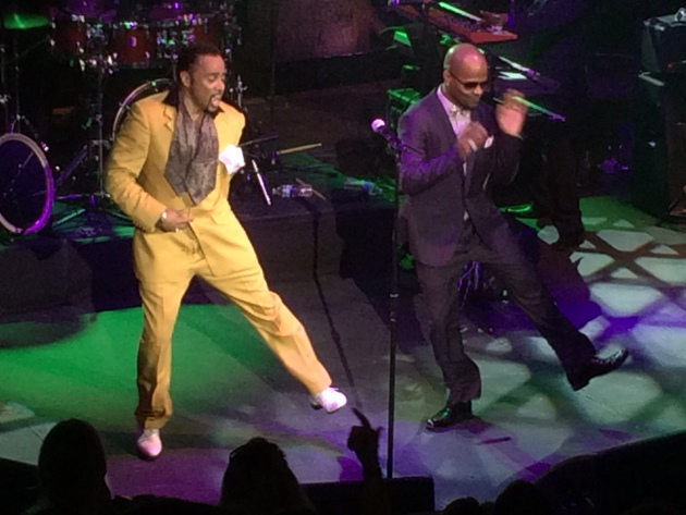 Morris Day and valet Thomas Austin danced to the fans delight at the zoo.