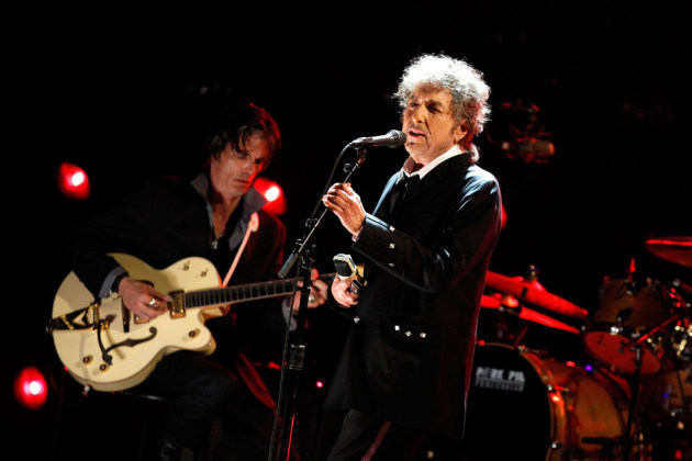 Bob Dylan posts unreleased song about JFK Music