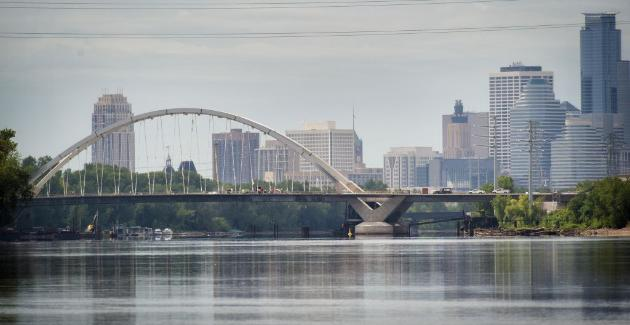 The new Lowry Avenue bridge (photo by Glen Stubbe)