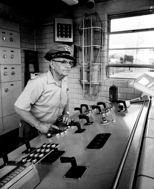Lockmaster Harry Schulz, 1972 (Star Tribune file photo)
