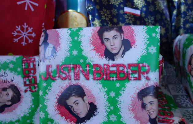 justin bieber wrapping paper When the wrapping paper is this good, who cares what's inside  other justin  bieber this time, nice, instead of naughty image amazon 6.