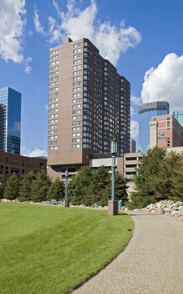 Photo of Symphony Place Apartments in Minneapolis, courtesy of CBRE