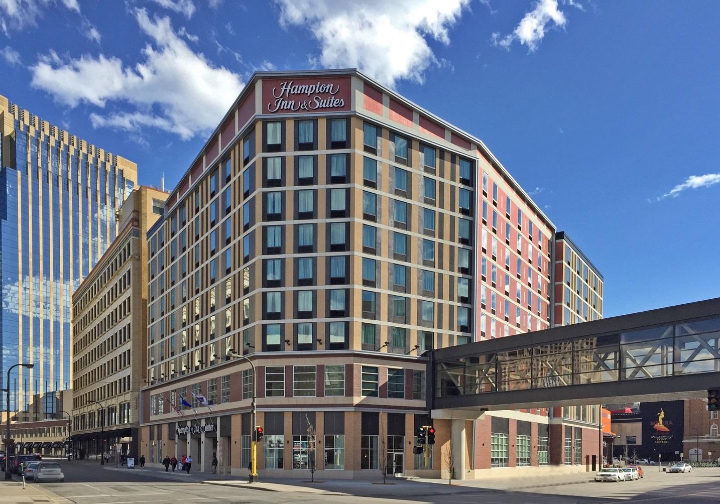 Hampton Inn & Suites in Minneapolis